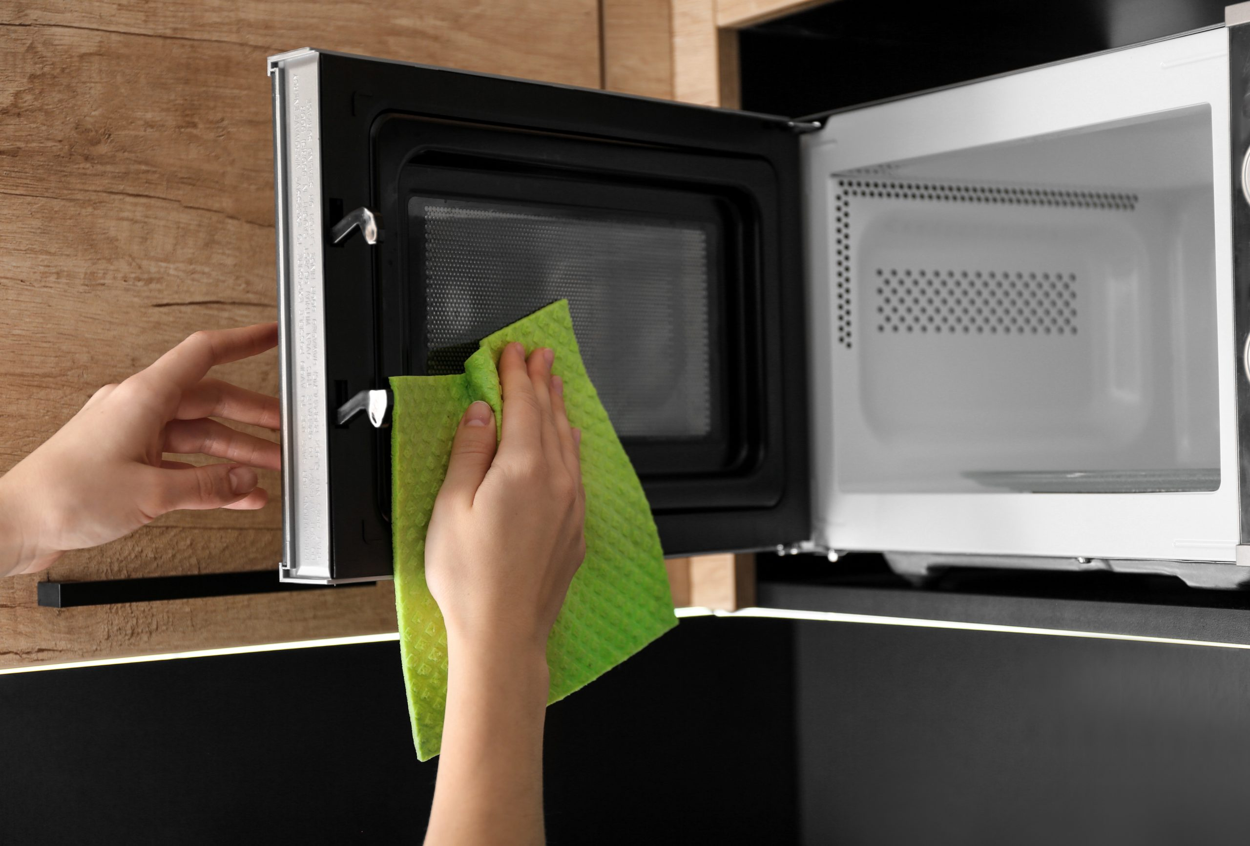 How to clean a microwave: Don't forget to clean the inside of your microwave's door!